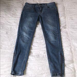 Free People Skinny Zipper Jeans 26